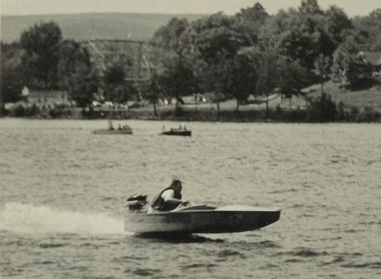 Races in the 1950s - Note Hansons in the background.